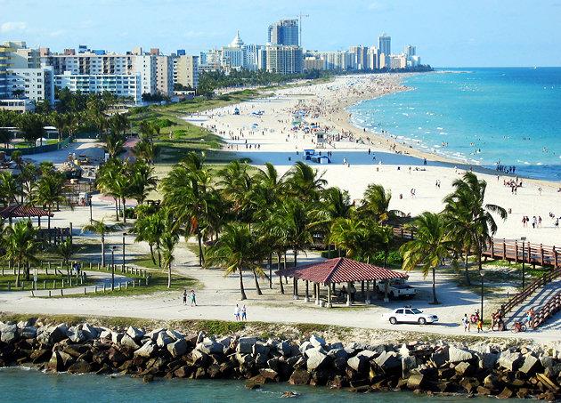 florida-fort-lauderdale-beach-aerial